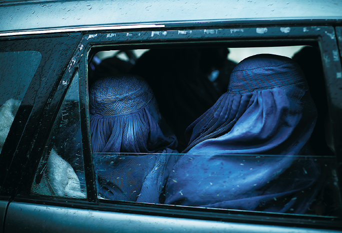 Staffan Heimerson Afghanistan Neo nr 1 2012 kvinnor foto Joachim Lundgren