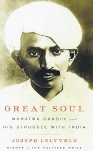 Kristian Hultqvist recension Joseph Lelyveld Great soul: Mahatma Gandhi and his struggle with India Neo nr 3 2011