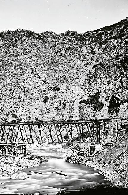 Järnvägen är ett av de fysiska fenomen som bundit länder samman och format deras identitet. Foto: William Henry Jackson / Wikimedia Commons / CC