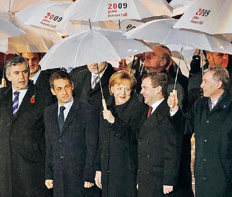 Berlin 2009. Europa firar att det gått 20 år sedan murens fall. Foto: Sipa Press / TT Nyhetsbyrån