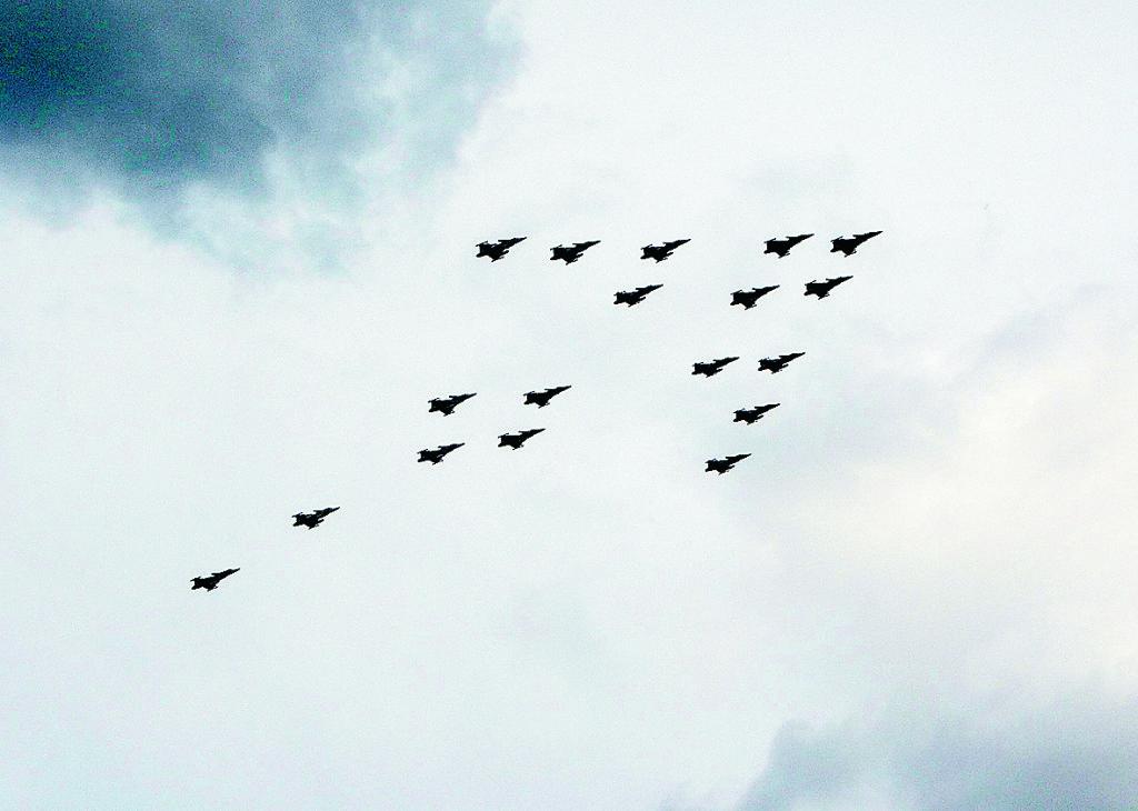 När länder som Danmark, Belgien och Holland kan skicka stridsflyg till Irak för att bekämpa Islamiska Staten bör Sverige – med sin imponerande uppsättning JAS Gripen – självklart göra detsamma.