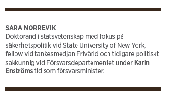 Neo nr 2 2015 Sara Norrevik  Fredrik Reinfeldt Mikael Odenberg Peter Hultqvist ÖB Nato försvar Hur tänkte vi?